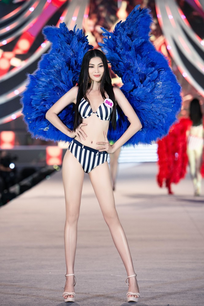 Nguyễn Lê Ngọc Thảo: Cô gái lần đầu đi thi sắc đẹp đã giành luôn ngôi vị Á hậu 2 - ảnh 6