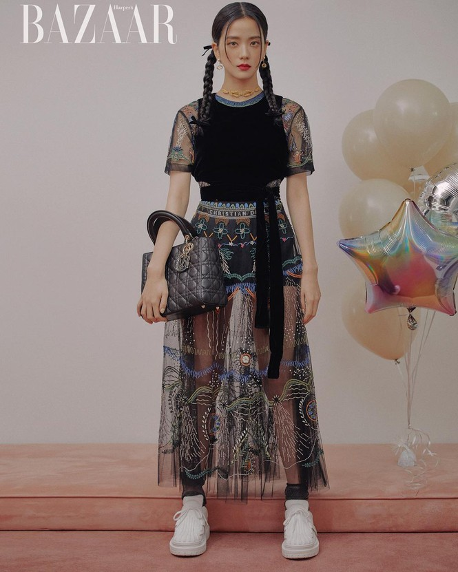 """Jisoo BLACKPINK """"đầu bù tóc rối"""" trên Harper's Bazaar Hàn nhưng vẫn không giấu được visual """"hoa hậu"""" - ảnh 4"""
