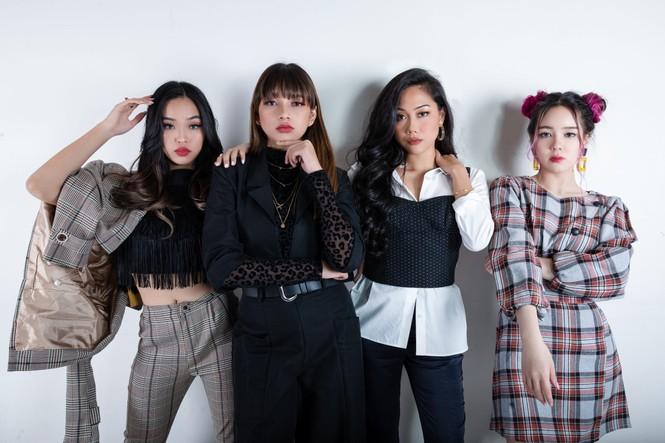 Copy y hệt BLACKPINK, 1 girl group của Malaysia bị chỉ trích nhưng nhóm nhất định phủ nhận - ảnh 1