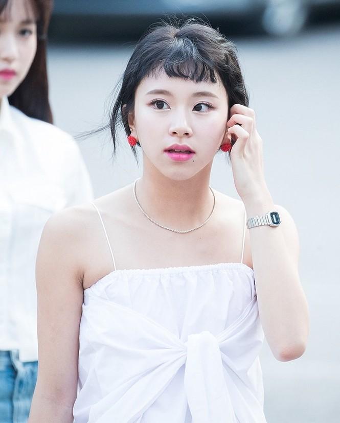 Netizen Hàn phát hiện tỉ lệ khuôn mặt Karina (aespa) giống Chaeyoung (TWICE) đến giật mình - ảnh 3
