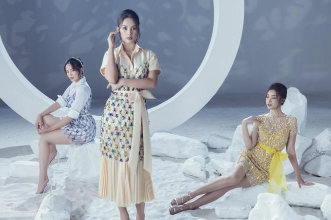 Sáu nàng cựu hoa hậu khoe sắc vóc đẳng cấp trong BST váy dạ hội đẹp lộng lẫy - ảnh 1