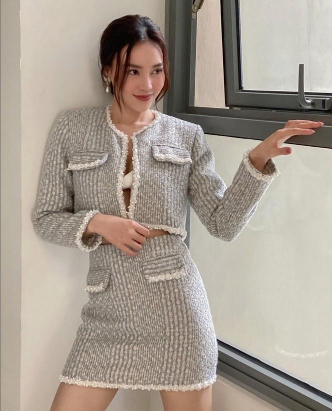 Mỹ nhân Việt đọ sắc với trang phục dạ: Lan Ngọc, Ngọc Trinh, DJ Mie, ai mix đồ cao tay hơn - ảnh 3