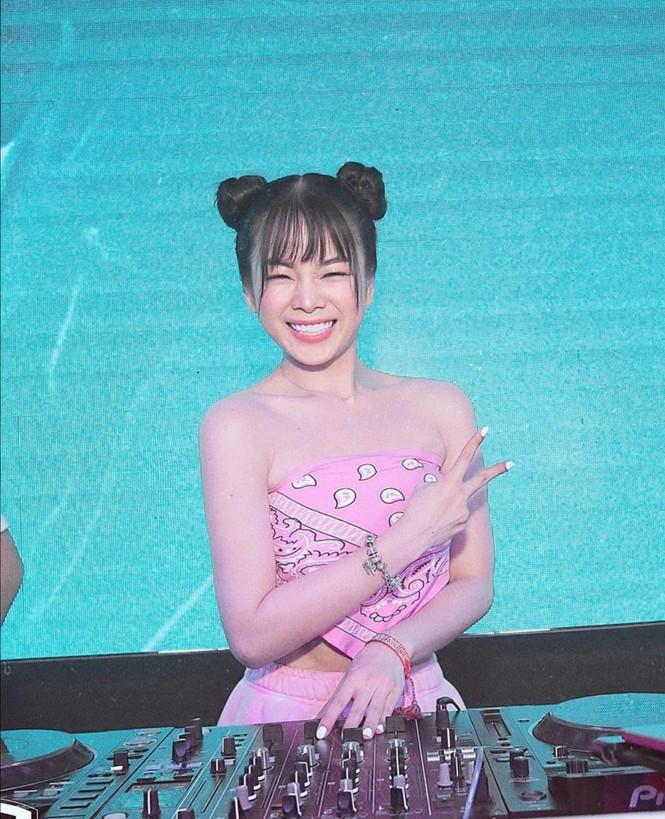 Ngắm gout thời trang như 1 fashionista thực sự của Mie, DJ nổi tiếng nhất nhì showbiz Việt - ảnh 8