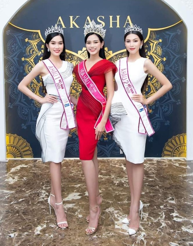 Soi trang phục Top 3 Hoa Hậu Việt Nam 2020 sau đăng quang, không tìm được điểm nào để chê - ảnh 7