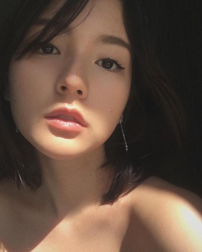 Nhan sắc đậm nét cổ điển của cô gái Sơn Tùng yêu say đắm trong MV Chúng Ta Của Hiện Tại - ảnh 5