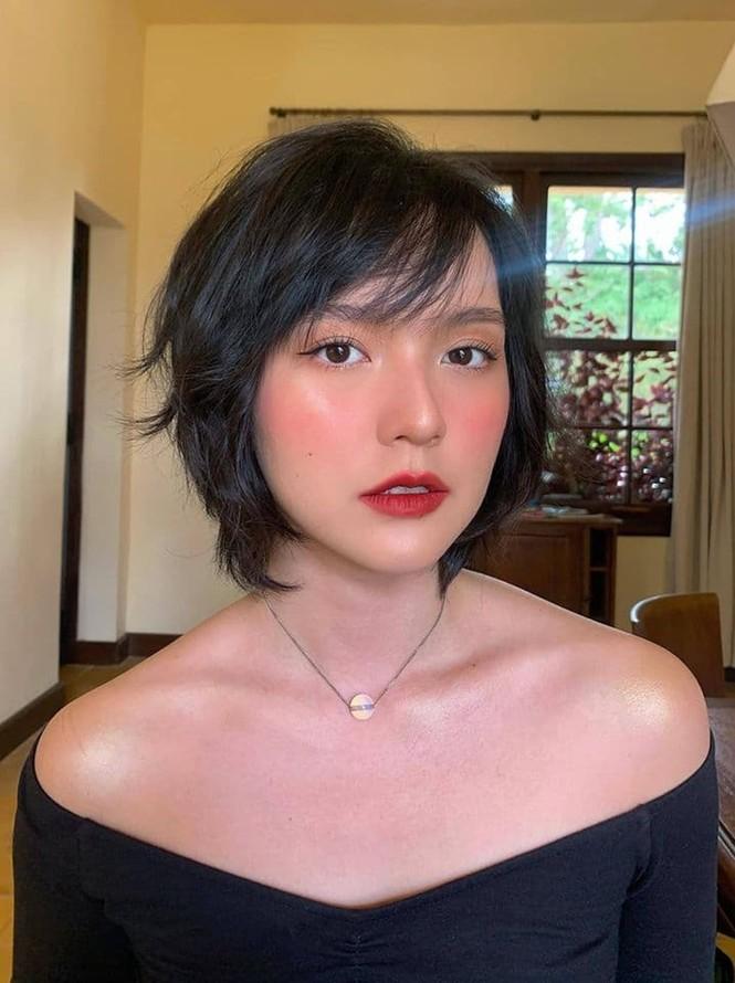 Nhan sắc đậm nét cổ điển của cô gái Sơn Tùng yêu say đắm trong MV Chúng Ta Của Hiện Tại - ảnh 4