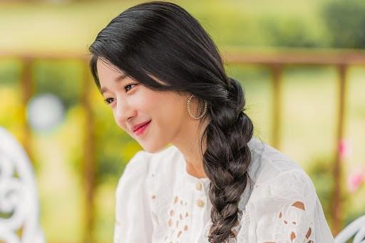 """Seo Ye Ji - nàng """"điên nữ"""" xinh như """"tiên nữ"""" của điện ảnh Hàn - ảnh 3"""