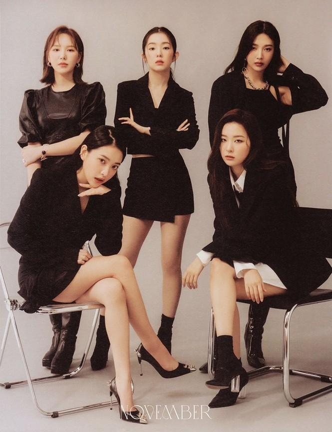 Cùng là bộ ảnh Season's Greetings, BLACKPINK được khen hết lời, Red Velvet bị chê tơi tả - ảnh 2