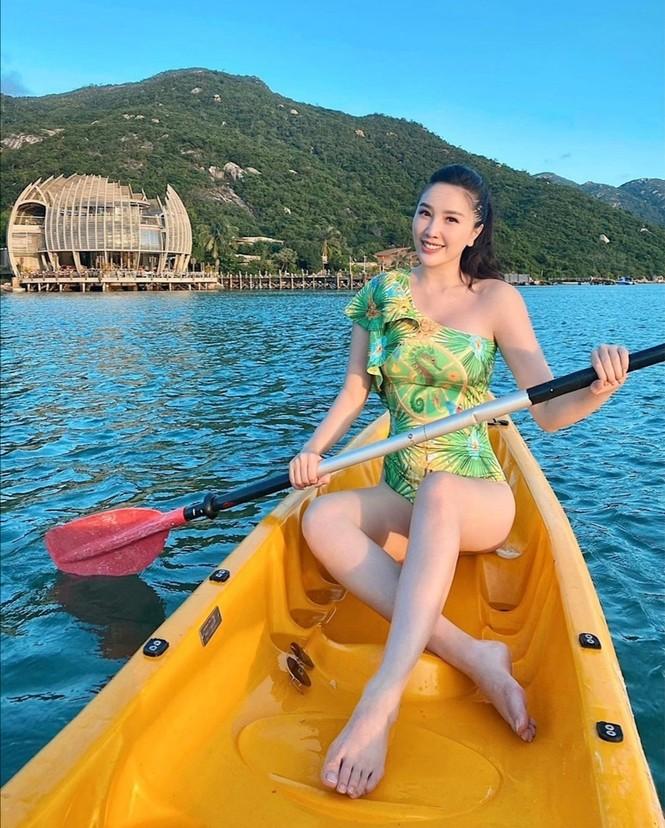 Mỹ nhân showbiz Việt đồng loạt diện bikini khoe dáng gây sốt MXH tuần đầu năm mới - ảnh 5