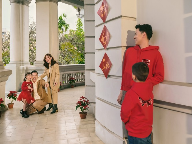 Những gương mặt nổi bật & truyền cảm hứng cho giới trẻ Việt xuất hiện trong BST thời trang - ảnh 2