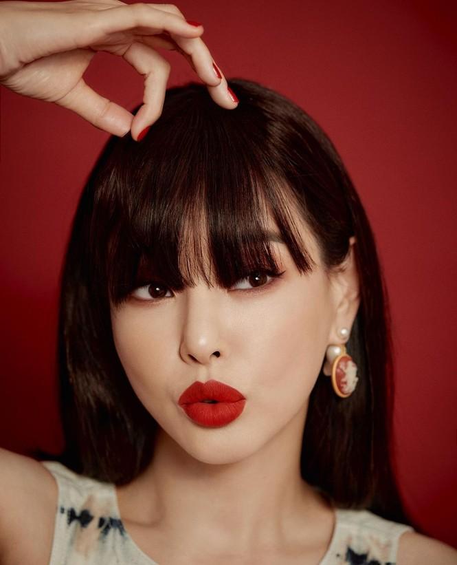 Jisoo BLACKPINK có lấn át được Hoa hậu Honey Lee trong loạt ảnh quảng cáo mỹ phẩm Dior - ảnh 5