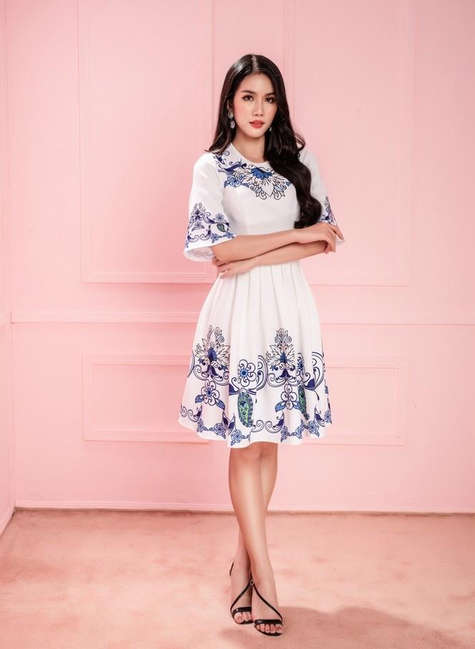 Học ngay Hoa hậu Đỗ Thị Hà và hai nàng Á hậu cách chọn trang phục xinh tươi mùa Lễ Tết - ảnh 3