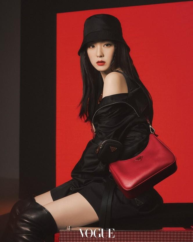 """Làm đại sứ thương hiệu Prada, Trịnh Sảng đập tan lời đồn """"hết thời"""", nhưng vẫn bị so sánh với Irene - ảnh 3"""