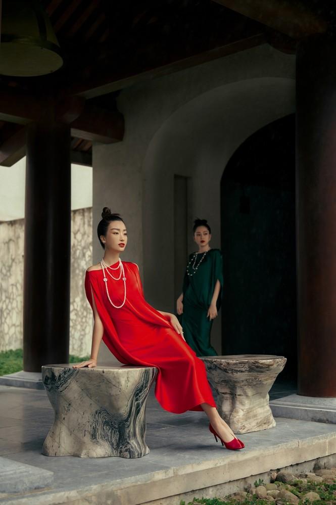 Hoa hậu Đỗ Mỹ Linh gợi ý chọn trang phục áo tứ thân cách điệu cho mùa Tết Tân Sửu - ảnh 6