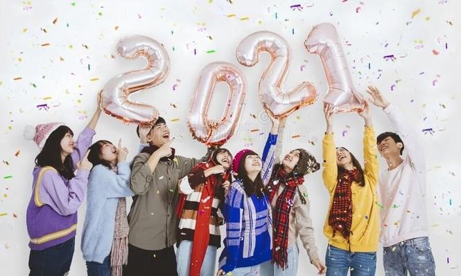 """""""Giáo sư quần đùi"""" chỉ ra """"menu"""" thách thức và cơ hội dành cho các bạn trẻ trong năm 2021 - ảnh 2"""