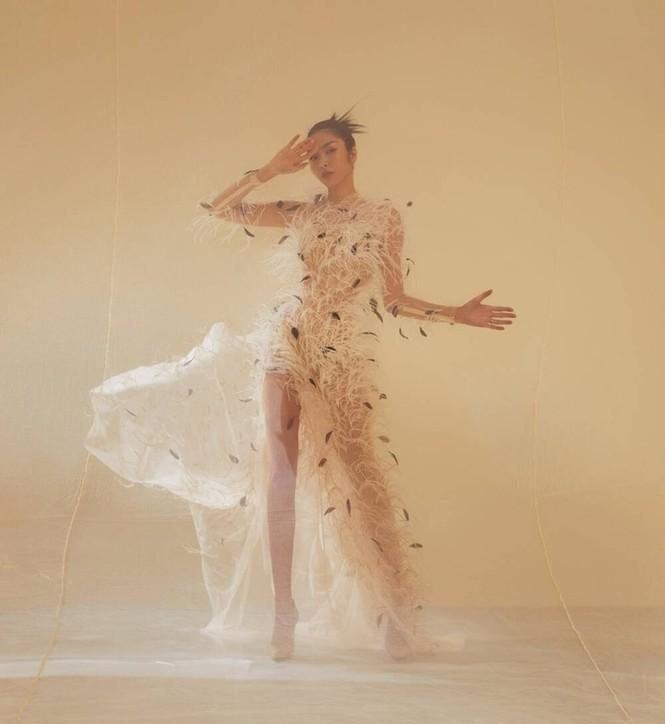 Ba mỹ nhân Việt cùng diện mẫu váy đính lông, vì sao Tăng Thanh Hà được khen nổi trội nhất? - ảnh 3