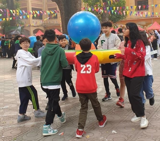 Teen THCS Nguyễn Tri Phương trải nghiệm vô vàn điều thú vị tại Lễ hội Vũ Khúc Xanh đón Tết - ảnh 6
