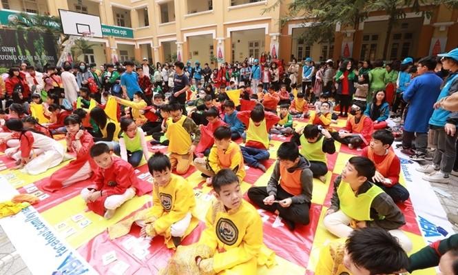Teen THCS Nguyễn Tri Phương trải nghiệm vô vàn điều thú vị tại Lễ hội Vũ Khúc Xanh đón Tết - ảnh 3