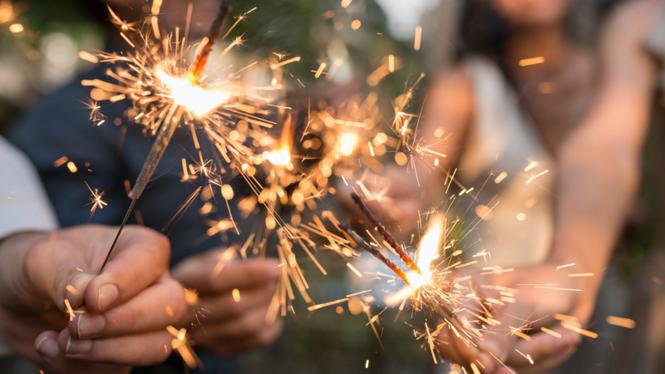 Đêm Giao thừa: Toàn vũ trụ sẽ lắng nghe lời nguyện cầu của bạn cho một năm mới đầy may mắn - ảnh 2
