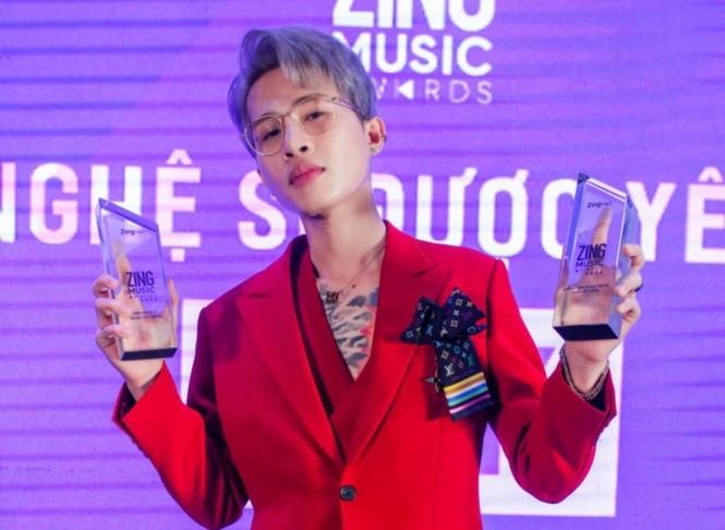 Nam thần tuổi Sửu: Trong vòng một năm Jack lên đời phong cách thời trang như idol Hàn - ảnh 11