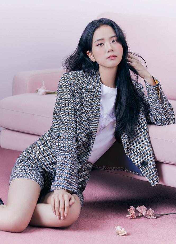 Jisoo (BLACKPINK) thay thế Seohyun (SNSD), trở thành nàng thơ mới của thương hiệu thời trang - ảnh 6