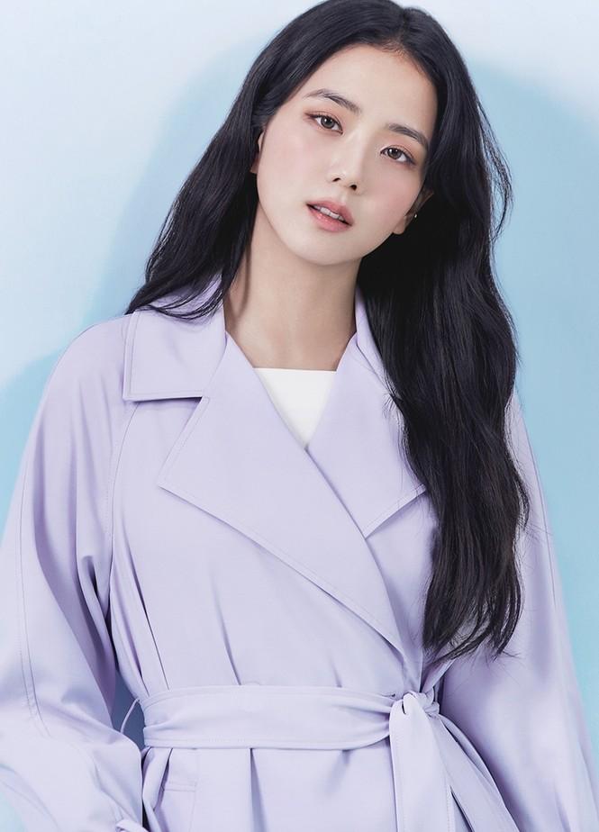 Jisoo (BLACKPINK) thay thế Seohyun (SNSD), trở thành nàng thơ mới của thương hiệu thời trang - ảnh 9