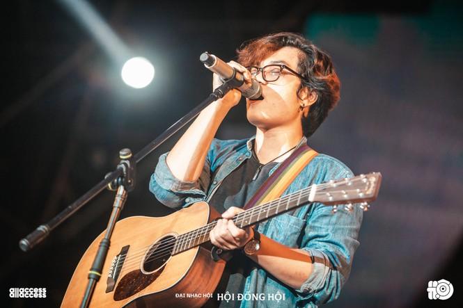 Đêm nhạc Hội: Lắng đọng tình bạn Thế Bảo và Kiên, Suboi biểu diễn