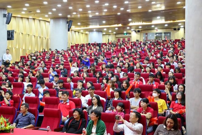 """Buổi họp mặt của """"con nhà người ta"""": Các siêu trí tuệ Việt chia sẻ cuộc sống hậu nổi tiếng - ảnh 2"""
