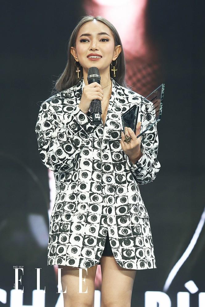 Châu Bùi - Cô gái duy nhất trong danh sách follow của badboy nổi tiếng Binz - ảnh 1
