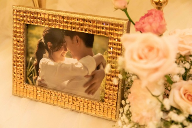 Đám cưới Á hậu Thúy Vân: Những khoảnh khắc đẹp của đôi trai tài gái sắc - ảnh 3