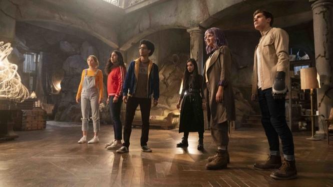 """Trong khi chờ """"Black Widow"""", làm quen với đội siêu anh hùng teen Runaways của Marvel - ảnh 3"""