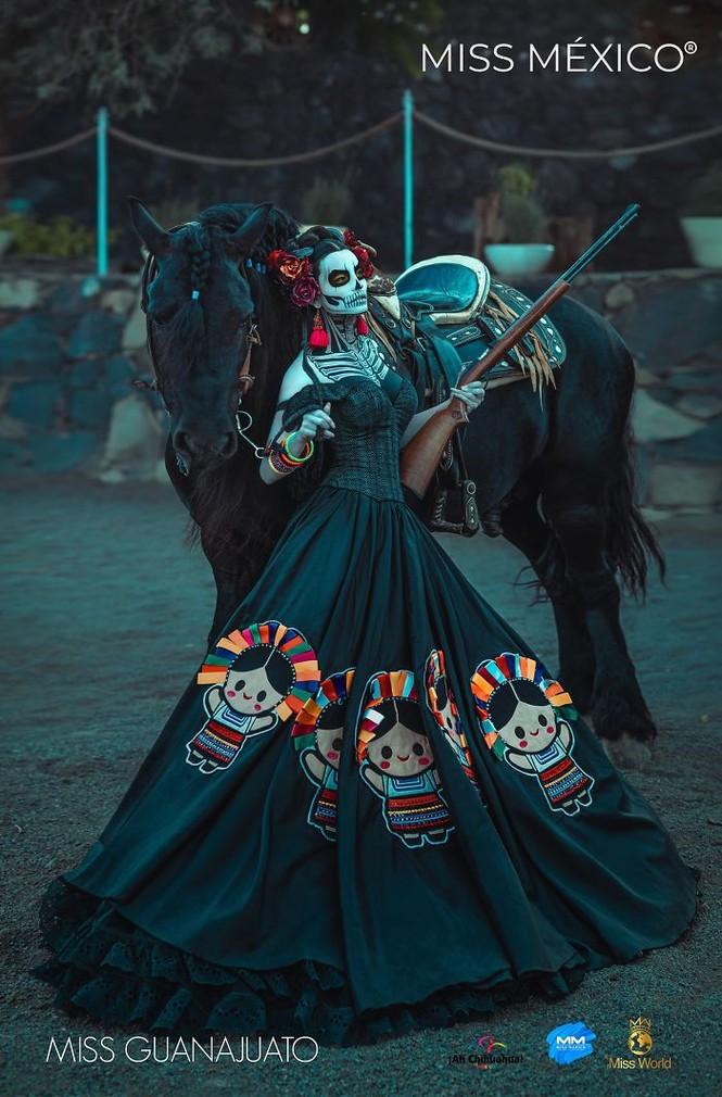 Choáng ngợp trước trang phục truyền thống lộng lẫy của các thí sinh Hoa hậu Mexico 2020 - ảnh 3