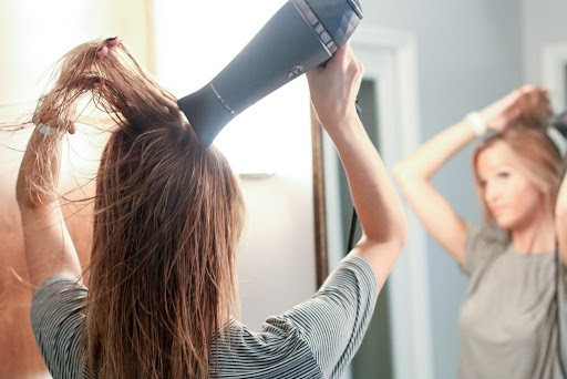 Làm bài test nho nhỏ này để biết bạn đã chăm sóc tóc đúng cách chưa - ảnh 2