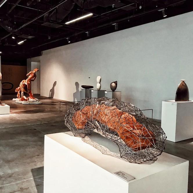 Hà Nội: Teen mê nghệ thuật đã check-in ở Triển lãm Điêu khắc Hà Nội - Sài Gòn chưa? - ảnh 2
