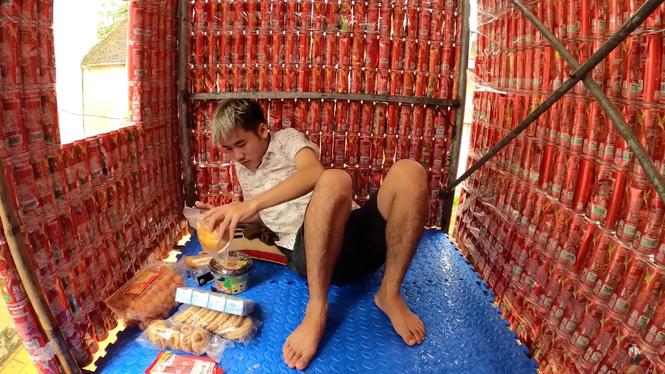 Sau khi bị phạt 7,5 triệu đồng, Hưng Vlog tiếp tục làm clip vô bổ khiến dân mạng ngán ngẩm - ảnh 3