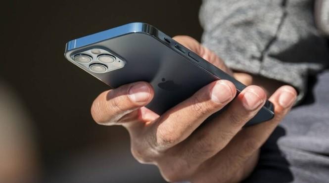 Thị trường iPhone 12, iPhone 12 Pro xách tay ảm đạm: Giá giảm sâu tận 6 triệu đồng - ảnh 3