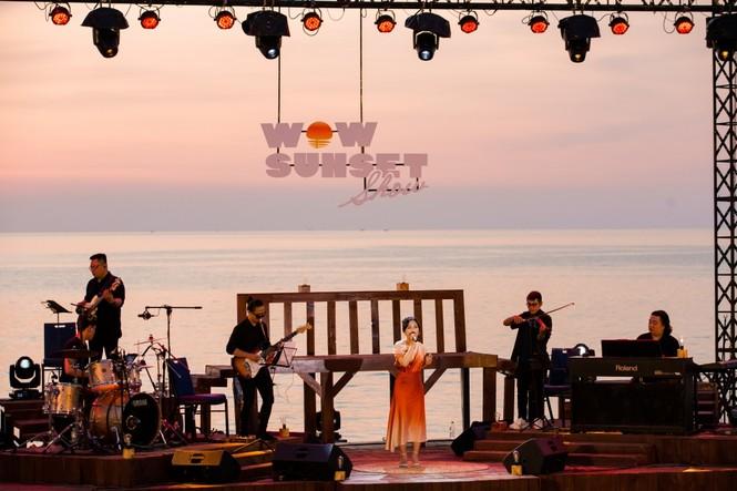 """Wow Sunset Show: Bữa tiệc âm nhạc để """"chill"""" dành cho những người yêu vẻ đẹp lúc hoàng hôn - ảnh 1"""