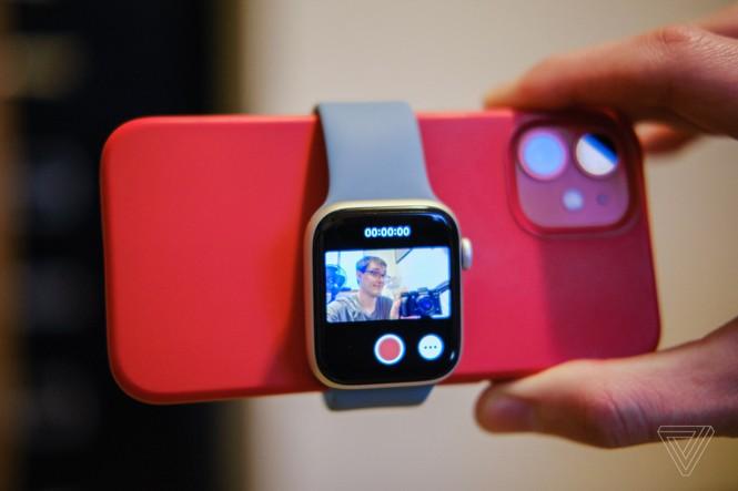 Góc giờ mới biết: Dùng Apple Watch làm màn hình live view cho iPhone quay vlog cực tiện - ảnh 1