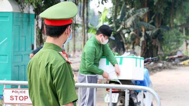 Học sinh, sinh viên tỉnh Hải Dương nghỉ học từ mai 28/1, TP Chí Linh giãn cách xã hội - ảnh 3