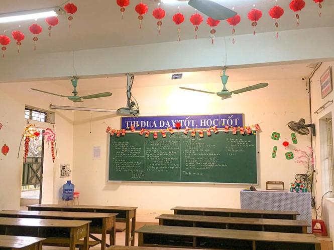 Teen Ninh Bình trang hoàng lớp học đón Tết: Lì xì, câu đối đỏ, bánh chưng xanh đều có đủ! - ảnh 4