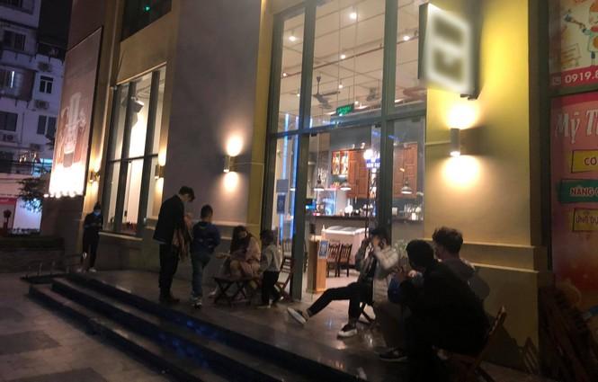 Nhà hàng, quán ăn phục vụ trong nhà ở Hà Nội vẫn được hoạt động nếu đảm bảo giãn cách - ảnh 3