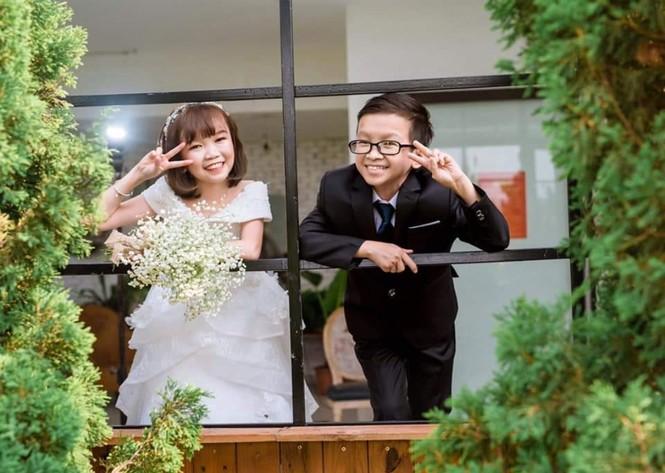 """Cặp đôi tí hon và đám cưới có """"1-0-2"""" - ảnh 5"""