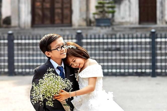 """Cặp đôi tí hon và đám cưới có """"1-0-2"""" - ảnh 7"""