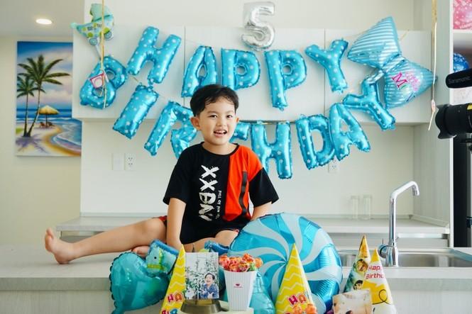 Kubi, con trai KhánhThi- Phan Hiển gây sốt ở giải vô địch khiêu vũ thể thao quốc gia - ảnh 1