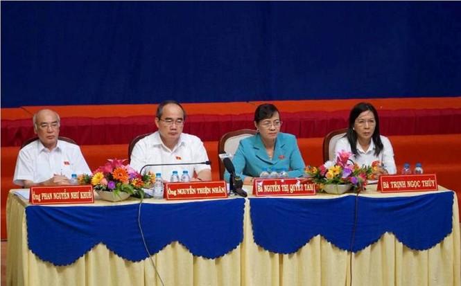 Toàn cảnh buổi tiếp xúc cử tri quận 2 'nóng' với vấn đề Thủ Thiêm - ảnh 4