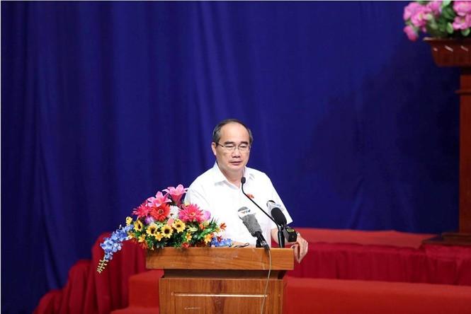 Toàn cảnh buổi tiếp xúc cử tri quận 2 'nóng' với vấn đề Thủ Thiêm - ảnh 8