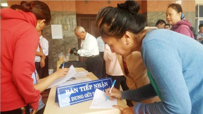 Toàn cảnh buổi tiếp xúc cử tri quận 2 'nóng' với vấn đề Thủ Thiêm - ảnh 3