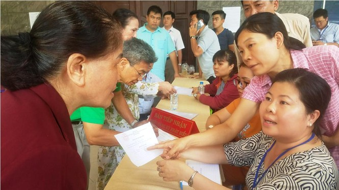 Toàn cảnh buổi tiếp xúc cử tri quận 2 'nóng' với vấn đề Thủ Thiêm - ảnh 2