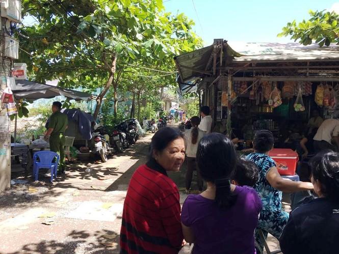 Chồng giết vợ, ôm con cố thủ 5 giờ ở Sài Gòn - ảnh 3
