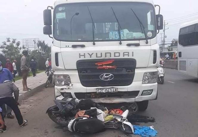 Khởi tố vụ tài xế container tông thương vong 22 người ở Long An - ảnh 1